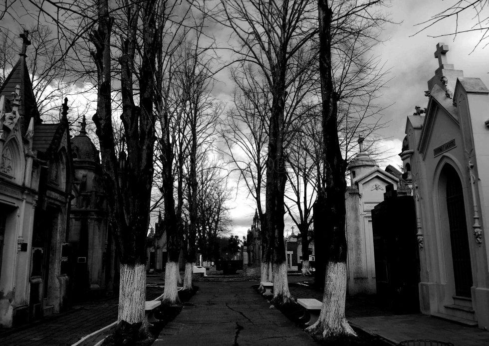 leyenda de la flor del cementerio